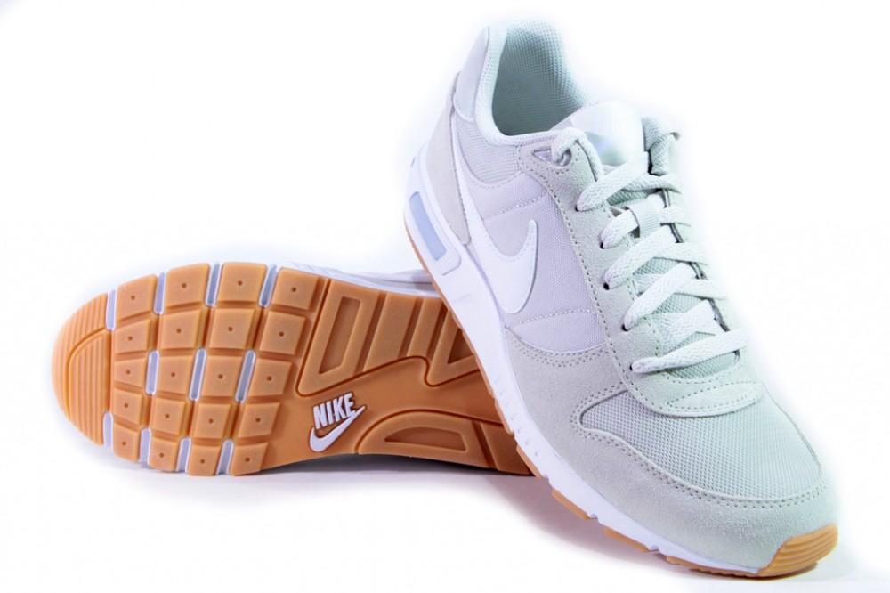 Brandwebshop Shop Nike cipő NIKE NIGHTGAZER